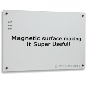 White Glassboard magnetic surface